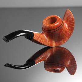 Briar Pipe with Curved Base