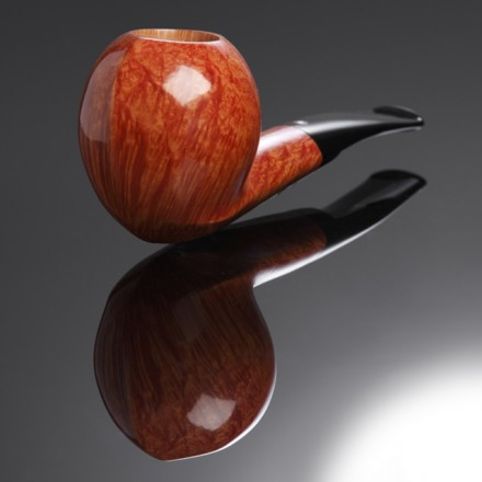 Briar Pipe with Convex Bowl