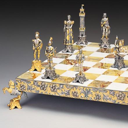 Medici vs Pazzi Chess Set