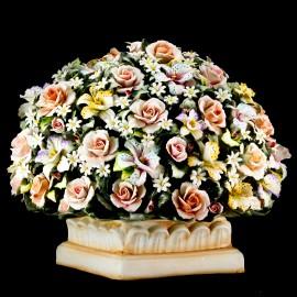 Centrotavola con fiori di prato